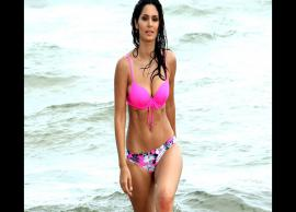 Bollywood hottie Bruna Abdullah posts a latest picture of her baby bump