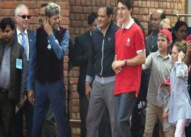 कनाडा के प्रधानमंत्री ने खेला क्रिकेट, टिप्स देते नजर आए पूर्व क्रिकेटर कपिल देव, मोहम्मद अजहरुद्दीन, देखे तस्वीरे-Photo Gallery