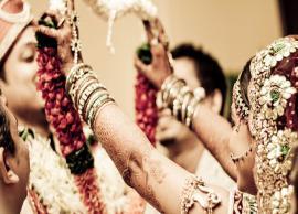 अगर आपको भी जल्दी शादी की है इच्छा तो हो जाइये लाठियों से पीटने को तैयार