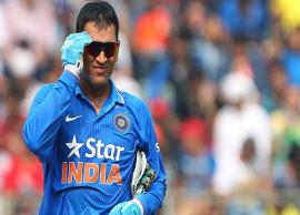 Happy Birthday: 5 Times Dhoni Showed His Strong Bollywood Connection