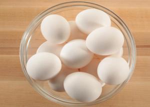 5 Substitutes of Egg To Use For Baking