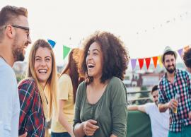 5 Ways To Get Noticed in a Crowd