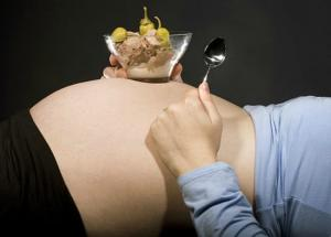 5 Weird Foodswings Women Get During Pregnancy