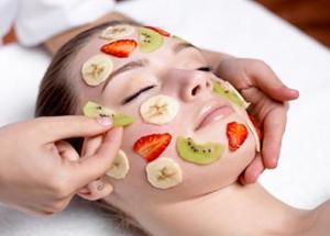 Perfect Guide To Do Fruit facial