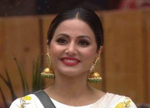 PICS - Style Icon Hina Khan Looks From The Bigg Boss Hosue