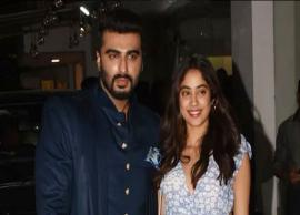 VIDEO- Janhvi Kapoor turns cheerleader for brother Arjun Kapoor at 'Panipat' screening-Photo Gallery