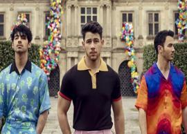 VIDEO- Priyanka Chopra announce the comeback of Jonas Brothers
