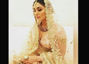 PICS- Saif are You Ready To Remarry Kareena Kapoor Khan After Her Royal Look on Ramp?-Photo Gallery