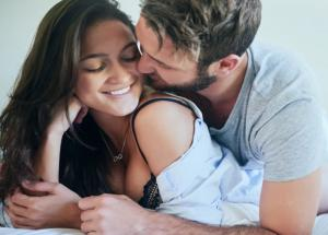 5 Ways to Keep Your Woman Satisfied in Bed
