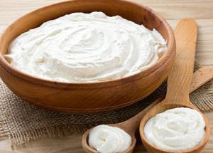 Don't Throw Off Your Milk Malai, It Will Give You Glowing Skin