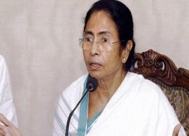 There will be bloodbath and civil war in country, warns Mamata Banerjee