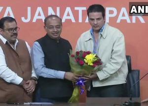 Bigg Boss 11- Ex Bigg Boss Winner Joins BJP in Delhi