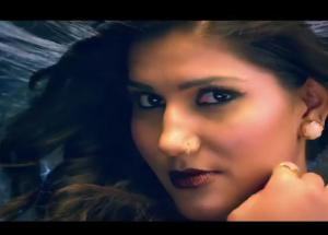Bigg Boss 11- Sapna chaudhary Got a Love Bite