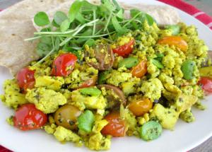 Recipe- Scrambled Eggs With Beans For Quick Breakfast