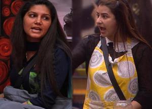 "Bigg Boss 11- ""Shilpa, Aukat Par Mat Jaa"" Says Sapna Choudhary"