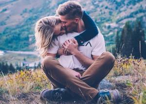 3 Signs That Tell You are With Your Mr.Right