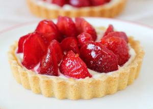 Recipe- Make Your Sunday Evenings Sweet With Strawberry Tart