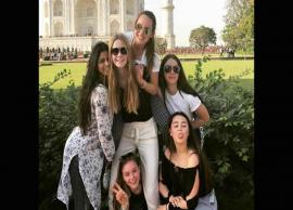PICS- Suhana Khan enjoys Taj Mahal Visit With Her Friends-Photo Gallery