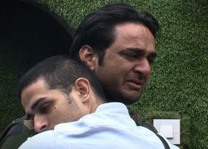 Bigg Boss 11- Once Again Vikas Gupta is in Tears, And Shilpa is The Reason