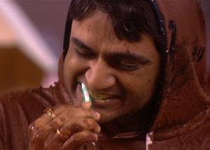 Bigg Boss 11- Vikas Punished in The Worst Possible Way