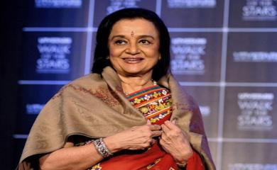 Asha Parekh- Marriage is Not the Only Way to Show