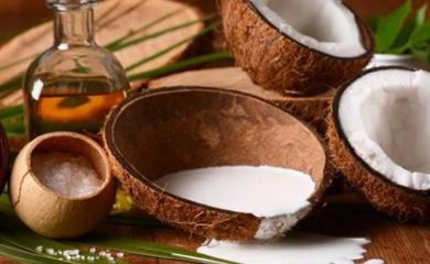 8 Health Benefits of Eating Coconut
