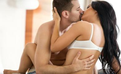 Every Couple Goes Through These Weird Things During Sex