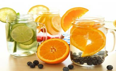 Detox Drink To Treat Your Taste-buds And Help Loose Weight