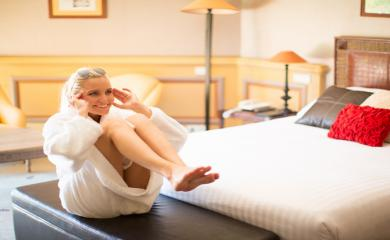 5 Exercises You Can Do in Hotel Room To Stay