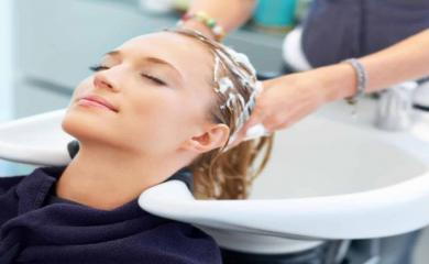 4 Amazing Benefits of Taking Hair Spa Regularly