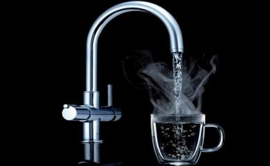 5 Side Effects of Drinking Hot Water