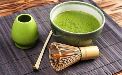 Try Matcha Green Tea Face Mask For Glowing Skin