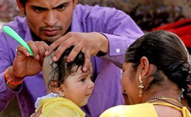 क्यों कराया जाता है हिन्दू धर्म में बच्चो का मुंडन, जाने