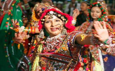 Navratri Special- 9 Color To Celebrate 9 Days of Navratri