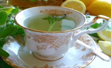 5 Amazing Benefits of Drinking Pineapple Sage Tea