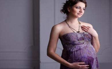 5 Tips To Keep Your Skin Glowing During Pregnancy
