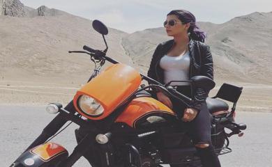 PICS Madhur Bhandarkar Calendar Girl Ruhi Dilip Singh Instagram Pics