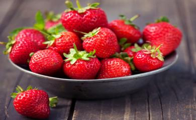5 Ways Strawberries are Healthy for You