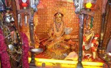 माँ कालरात्रि का यह मंदिर दिलवाता है संतान सुख