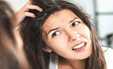 5 Instant Ways To Get Rid of Dandruff