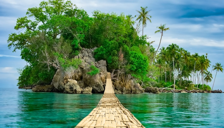 5 Most Beautiful Islands To Visit in Asia