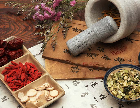 5 Chinese Herbs To Treat Hair Fall