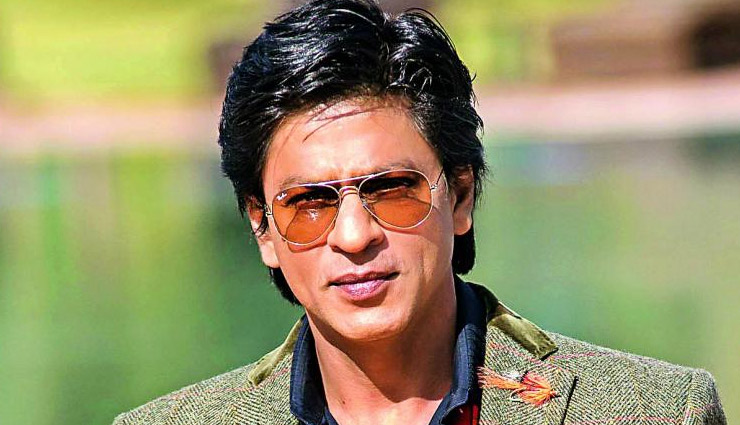 Shah Rukh Khan in dilemma, can't decide whether to sign a film or a web project next