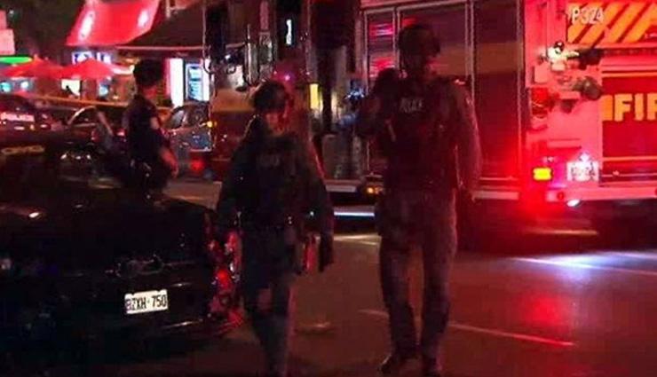 Multiple people shot outside Toronto restaurant, shooter dead