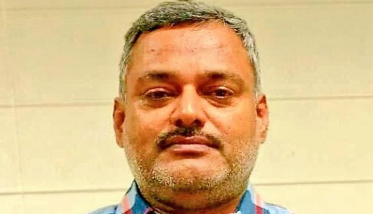 कानपुर शूटआउट / UP का सबसे बड़ा अपराधी बना विकास दुबे, पुलिस ने इनामी राशि बढ़ाकर की 5 लाख