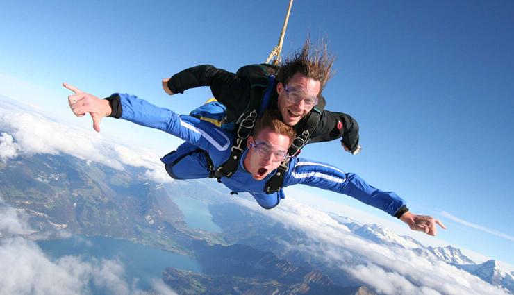 switzerland,washington,around the world,new zealand,australia,dubai,5 most amazing places for skydiving around the world,skydiving,places to do skydiving,most beautiful places for skydiving,adventurous places,fox glacier,interlaken,palm jurmeirah,snohomish,north wollongong beach,sydney