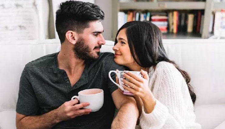types of intimacy,ways to develop intimacy,intimacy with partner,relationship tips,couple tips