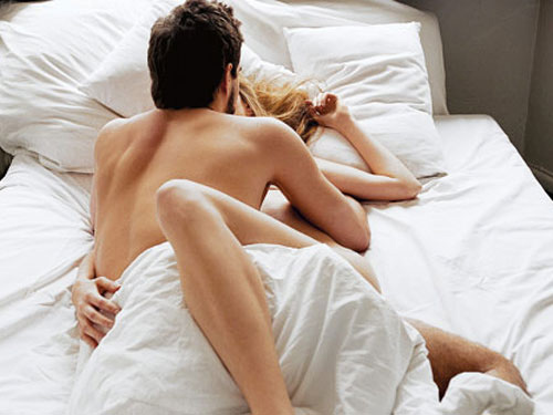 intimacy positions,love tips,relationship tips,intimacy positions for women