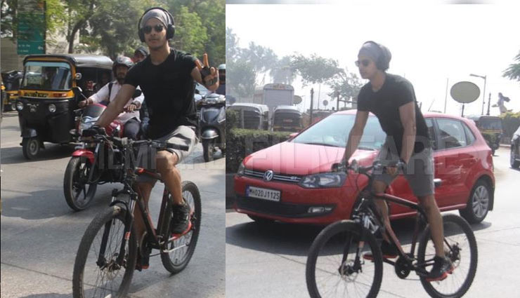 मुंबई की सड़कों पर ईशान खट्टर ने चलाई साइकिल
