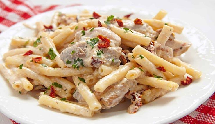 ट्राई करें 'इटैलियन क्रीमी पास्ता', बच्चों का वीकेंड बनाए स्पेशल #Recipe